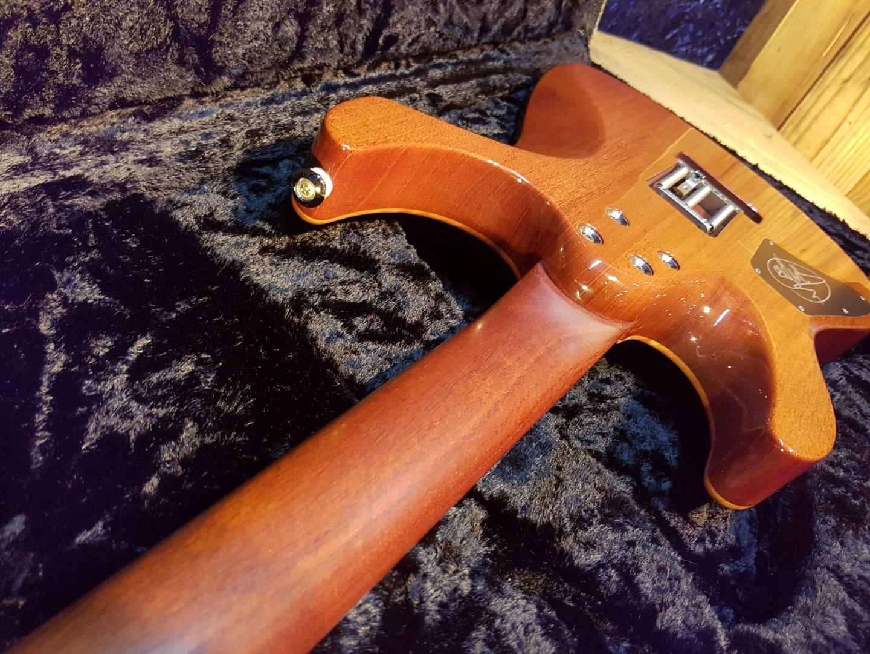2010 Shur Custom Modern_Guthrie Govan