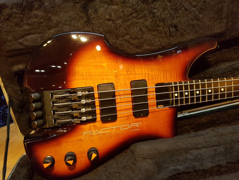 1991 Philip Kubicki Factor Bass