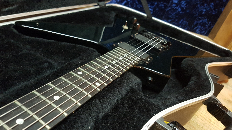 ESP 익스플로러 MX-250 제임스 헷필드