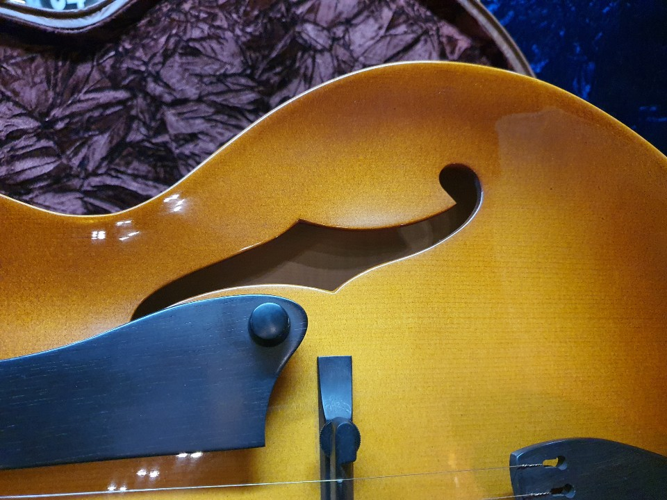 2006 American Archtop Dale Unger_American Collector
